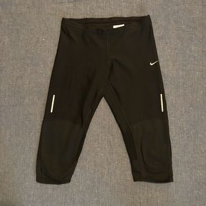 Nike Dri-Fit Tech Capri